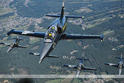F20190914a160704_3727-BEST-Breitling Jet Team-L-39C Albatros-x5-a2a