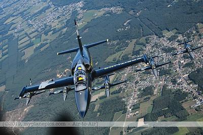 F20190914a160710_3740-BEST-Breitling Jet Team-L-39C Albatros-x5-a2a