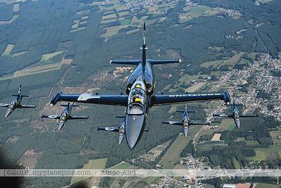 F20190914a160718_3753-BEST-Breitling Jet Team-L-39C Albatros-x5-a2a