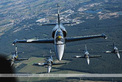 F20190914a160630_3684-Breitling Jet Team-L-39C Albatros-a2a
