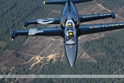 F20190914a160310_3610-Breitling Jet Team-L-39C Albatros-a2a