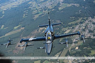 F20190914a160716_3751-BEST-Breitling Jet Team-L-39C Albatros-x5-a2a