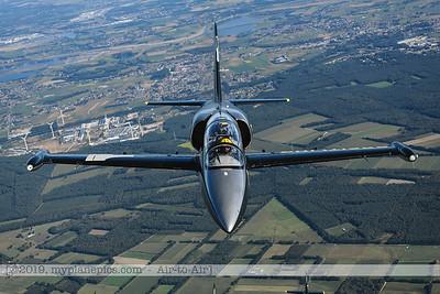 F20190914a160648_3706-BEST-Breitling Jet Team-L-39C Albatros-a2a