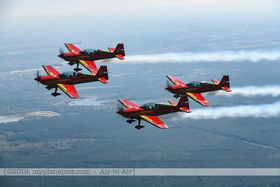 F20190914a132708_2703-Royal Jordanian Falcons-Extra 330LX-a2a
