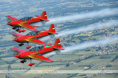 F20190914a132818_2817-BEST-Royal Jordanian Falcons-Extra 330LX-a2a