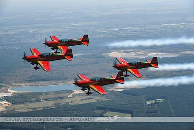 F20190914a132713_2719-Royal Jordanian Falcons-Extra 330LX-a2a