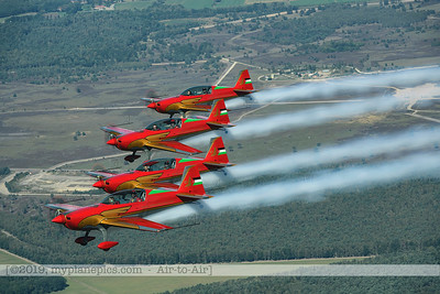F20190914a132906_2880-BEST-Royal Jordanian Falcons-Extra 330LX-a2a