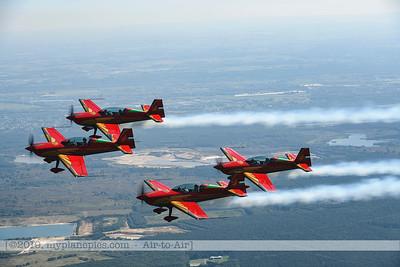 F20190914a132712_2716-Royal Jordanian Falcons-Extra 330LX-a2a