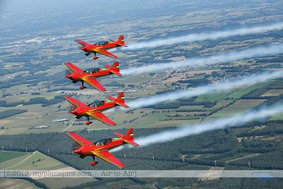 F20190914a132757_2791-Royal Jordanian Falcons-Extra 330LX-a2a