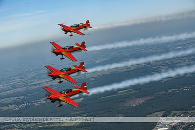 F20190914a132750_2769-Royal Jordanian Falcons-Extra 330LX-a2a