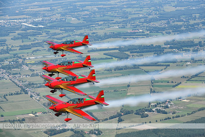 F20190914a132822_2833-BEST-Royal Jordanian Falcons-Extra 330LX-a2a