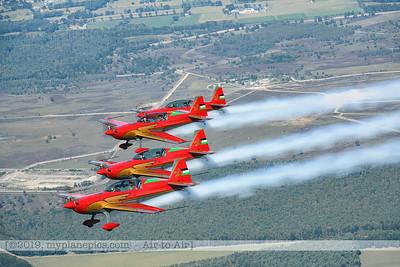 F20190914a132905_2876-Royal Jordanian Falcons-Extra 330LX-a2a