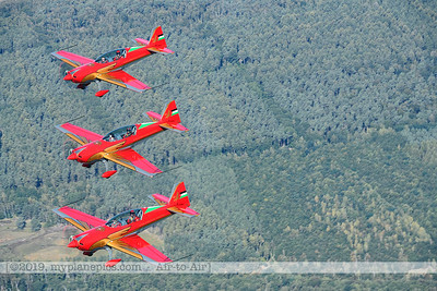 F20190914a132856_2859-BEST-Royal Jordanian Falcons-Extra 330LX-a2a