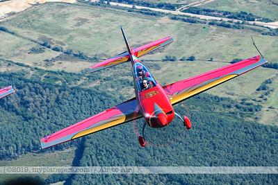 F20190914a132136_2407-Royal Jordanian Falcons-Extra 330LX-a2a