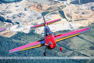 F20190914a132133_2400-Royal Jordanian Falcons-Extra 330LX-a2a