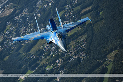 F20190914a161927_3914-Sukhoi Su-27 Flanker-Ukraine Air Force-39 Blue-a2a