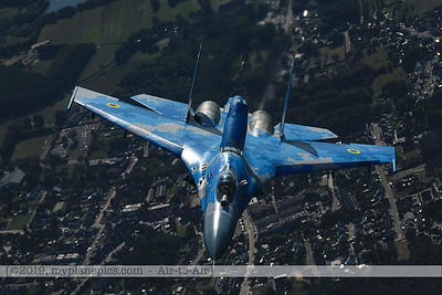 F20190914a161940_3945-Sukhoi Su-27 Flanker-Ukraine Air Force-39 Blue-a2a