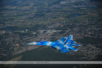 F20190914a162006_7166-Sukhoi Su-27 Flanker-Ukraine Air Force-39 Blue-a2a