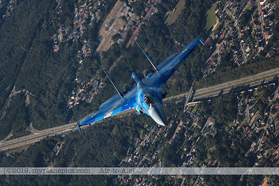 F20190914a161859_3870-Sukhoi Su-27 Flanker-Ukraine Air Force-39 Blue-a2a
