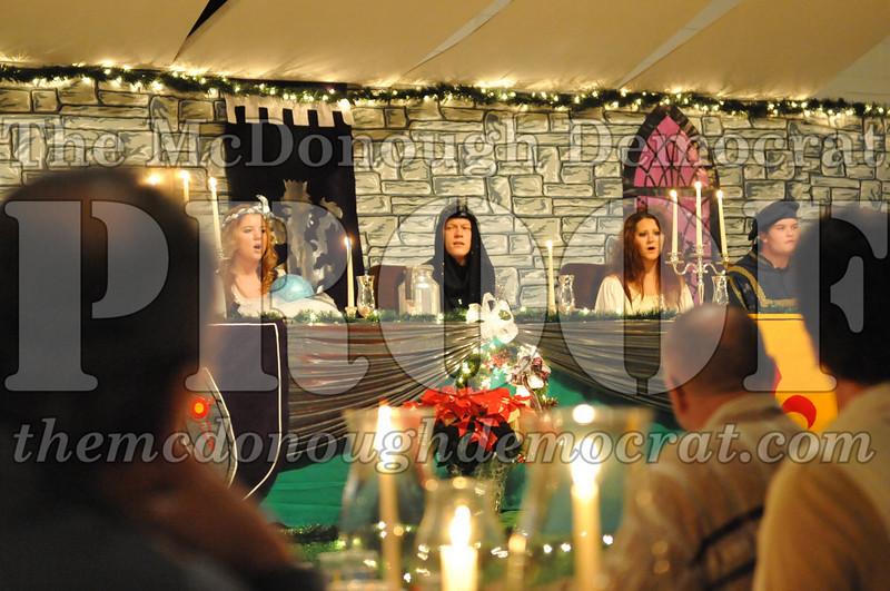 AHS Madrigal Dinner 12-11-10 011