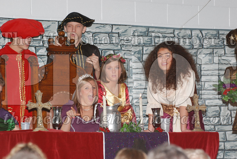 Avon Madrigal Singers 12-14-08 035