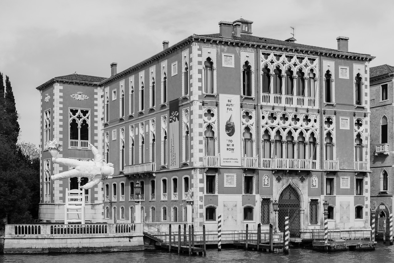 20/45 Palazzo Cavalli-Franchetti, depuis le pont de l'Accademia.
