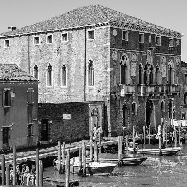 24/45 Palazzo da Mula, depuis le Ponte Longo, Murano.