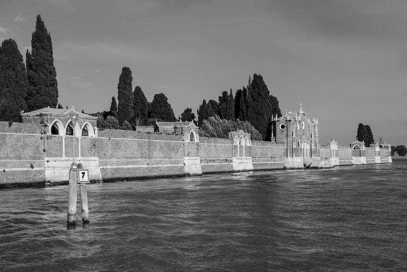 30/45 Cimetière di San Michele in Isola, Île San Michele.