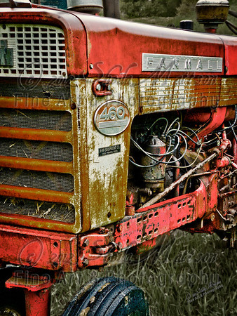 """Rusted Farmall""<br /> <br /> 1st Place - November 2012 - MVPC Pro Topic"