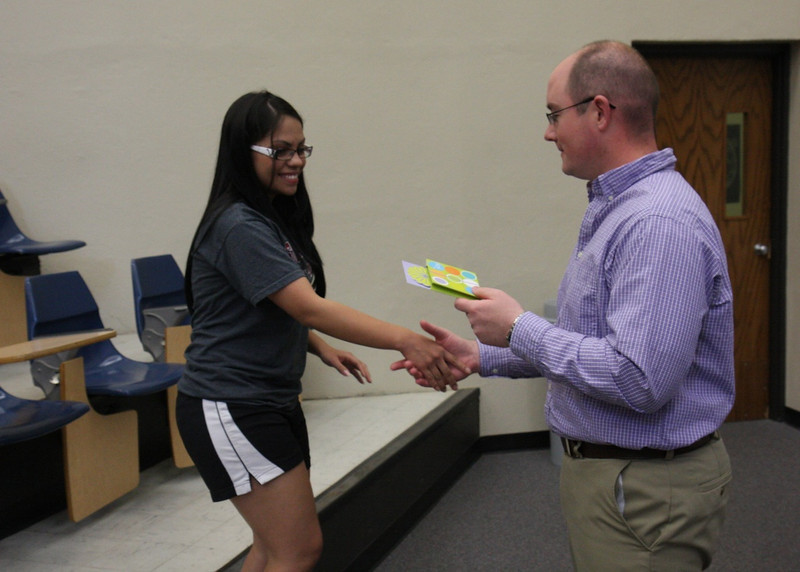 Elizabeth Valle receives the Outstanding Freshman Biology Award.