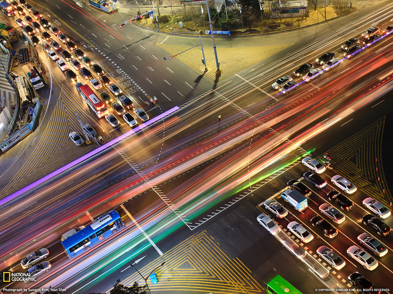 Intersection, Seoul (National Geographic Photo of the day, May 13 2011)