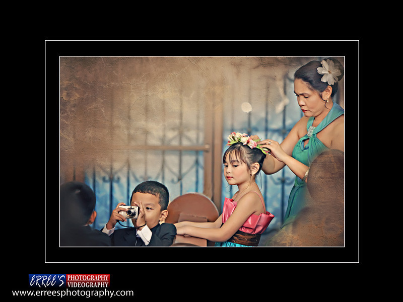 3rd place Photojourn Catefory 2011 in WPPP( Wedding in Portraite Photographer of the Philippines)