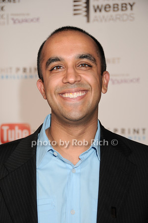 Neil Pasricha<br /> photo by Rob Rich © 2010 robwayne1@aol.com 516-676-3939