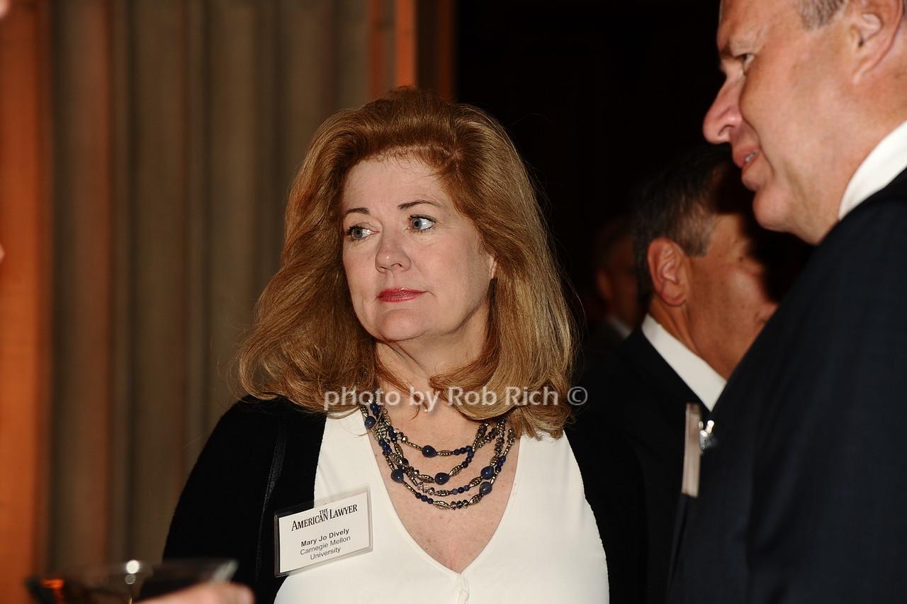 Mary Jo Dively photo by Rob Rich/SocietyAllure.com © 2016 robwayne1@aol.com 516-676-3939
