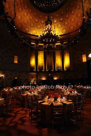 atmosphere at Gotham Hall photo by Rob Rich/SocietyAllure.com © 2016 robwayne1@aol.com 516-676-3939