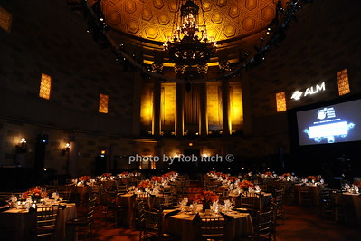 atmosphere at Gotham Hall photo by Rob Rich/SocietyAllure.com © 2016 robwayne1@aol.com 516-676-3939