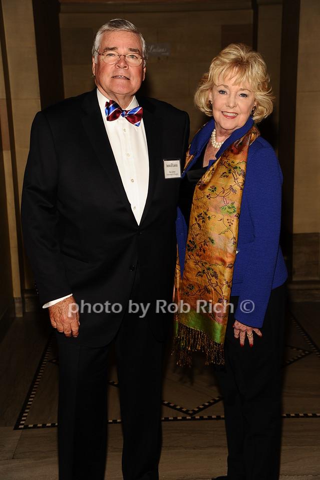 Ken Johns, Nelda Johns photo by Rob Rich/SocietyAllure.com © 2016 robwayne1@aol.com 516-676-3939