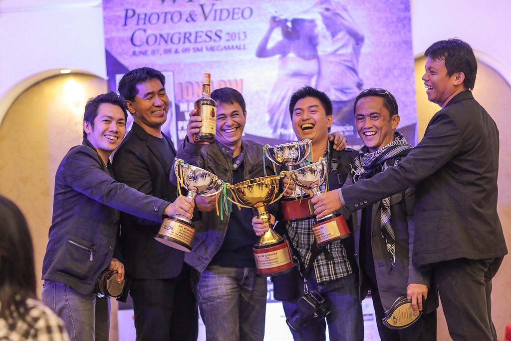 One of the most happy ever Photo Congress Awards Night- All are happy smile from left Gil Hontiveros, Chito Cleofas, Lito Perez, Alvin Guevara, Carlito Pullan and I.