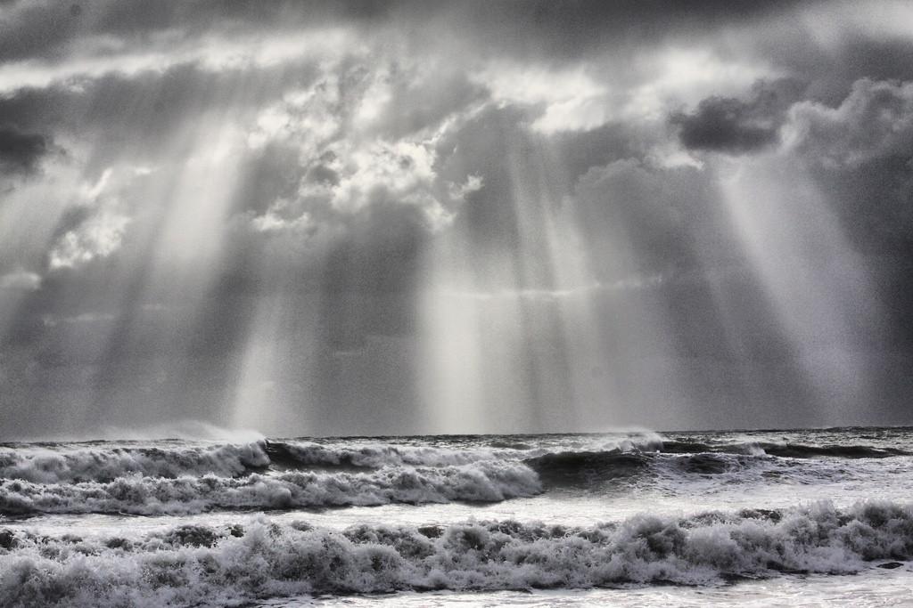 Kitesurfing the storm