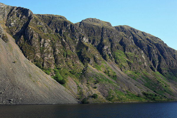 Looking up at Whin Rigg from the north shore of Wast water, 14/07/11