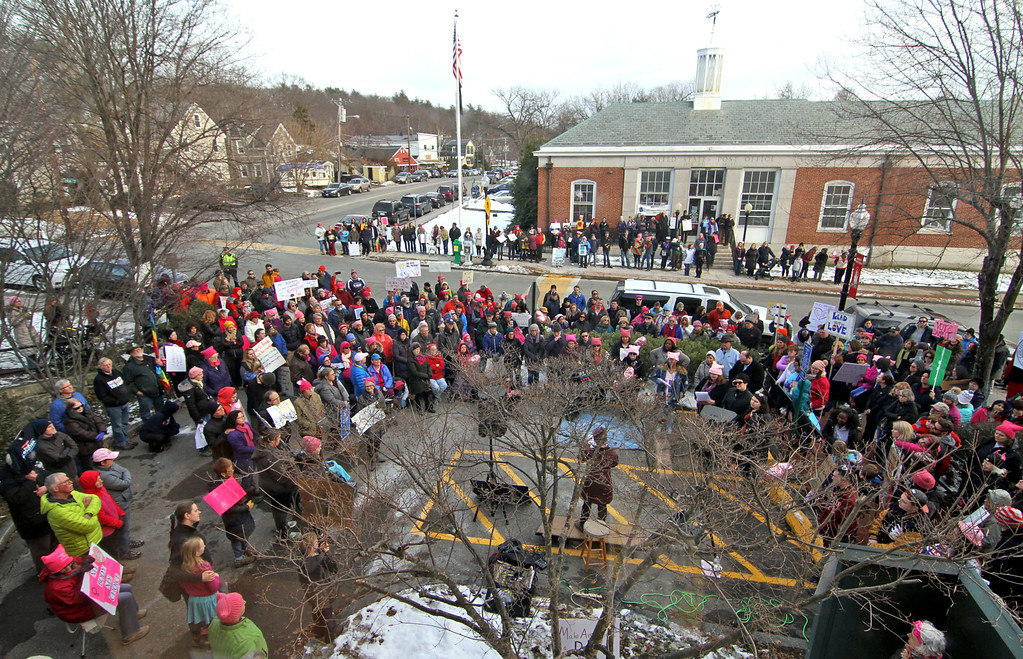 . A large gathering of supporters of the National Women\'s March, shown here in Ayer as seen from the Ayer Town Hall. SUN/David H. Brow