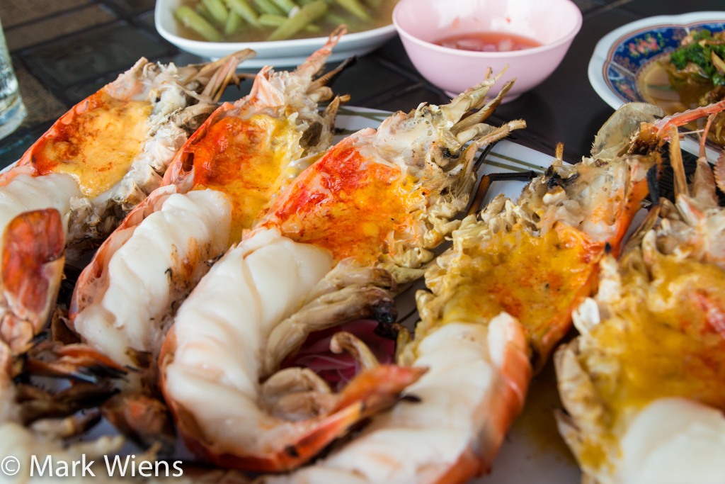 These Giant River Prawns In Ayutthaya Will Make Your Jaw Drop