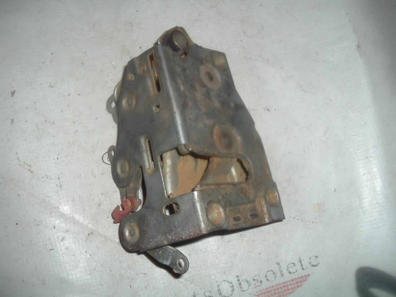 1935 36 37 38 39 40 41 Ply Dodge DeS Chrysler NOS MoPar Vacuum Advance BRACKET