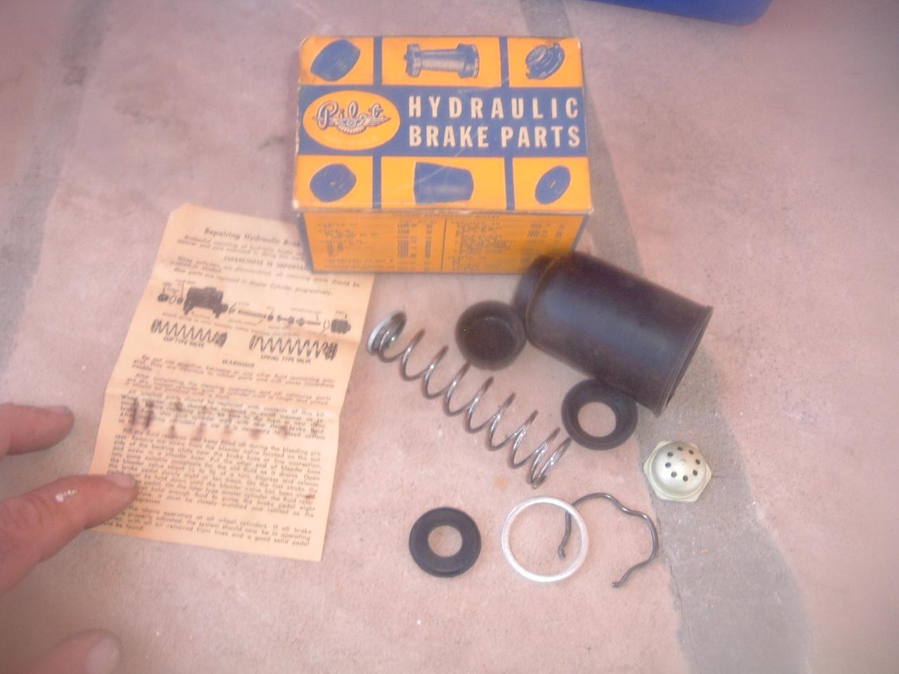 BRAND NEW 41 42 46 47 48 49 50 51 52 53 54 Dodge Brake Master Cylinder