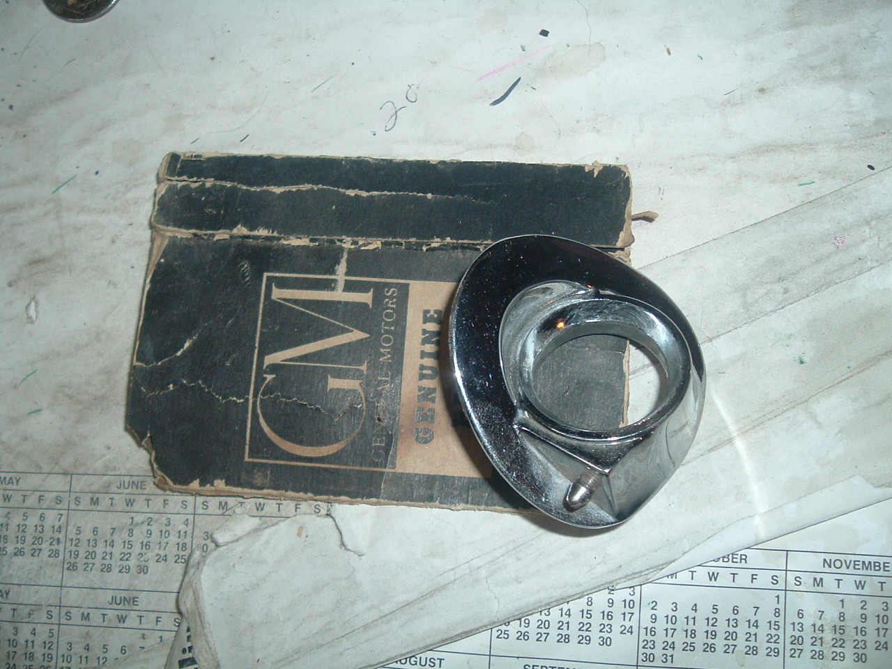 View Product1959 cadillac windshield wiper washer bezel nos gm 4760845 (z 4760845)