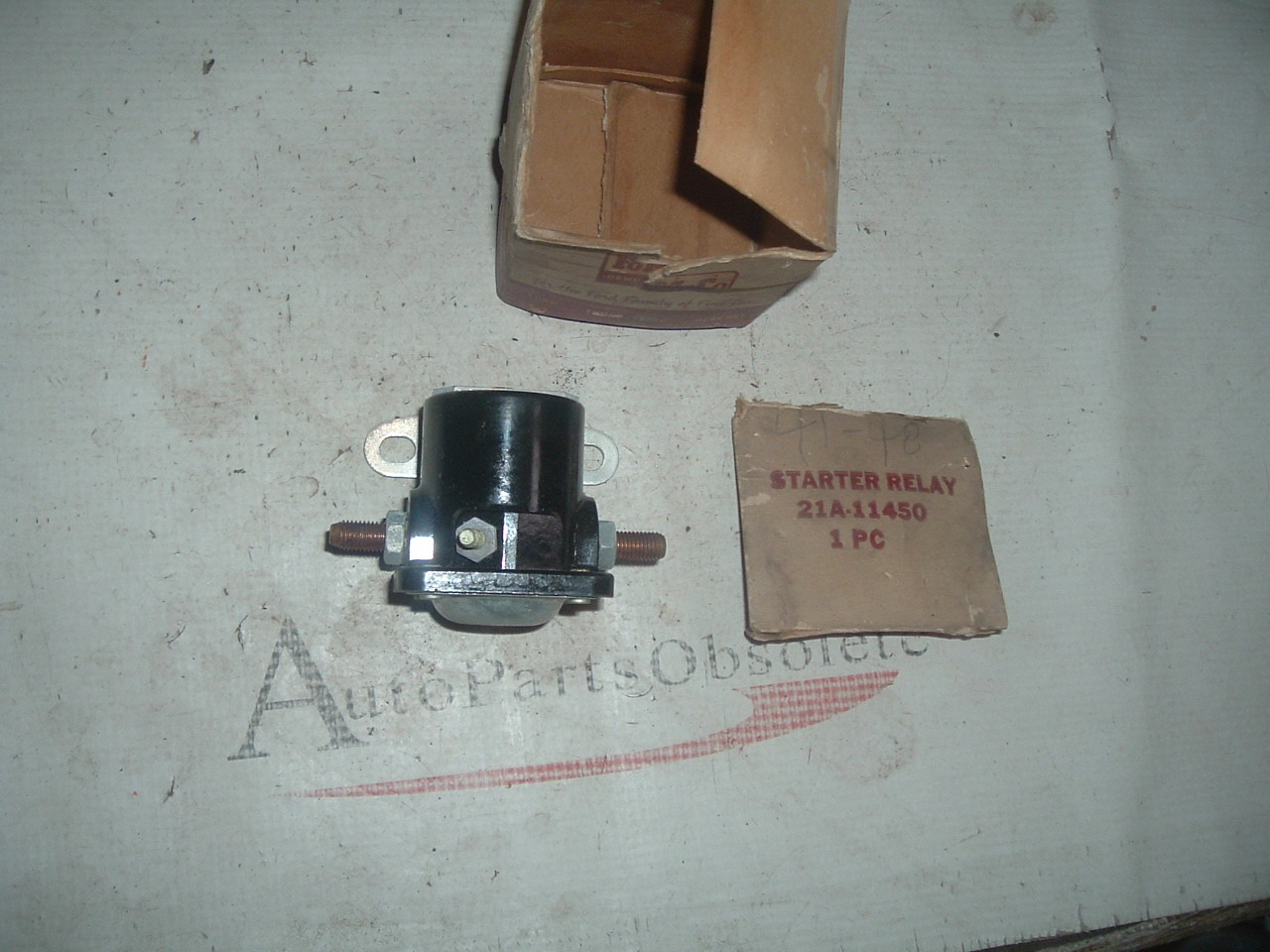 View Product1936 thru 1954 Ford Lincoln Nercury studebaker nos ford starter solenoid switch # 21-a-114501 (z 21a11450)