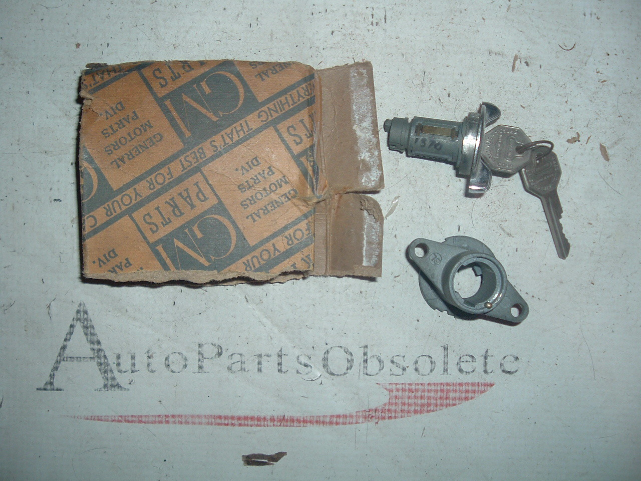 1941 42 46 47 48 49 50 51 buick ignition switch w/keys nos gm 1390644 (z 1390644)