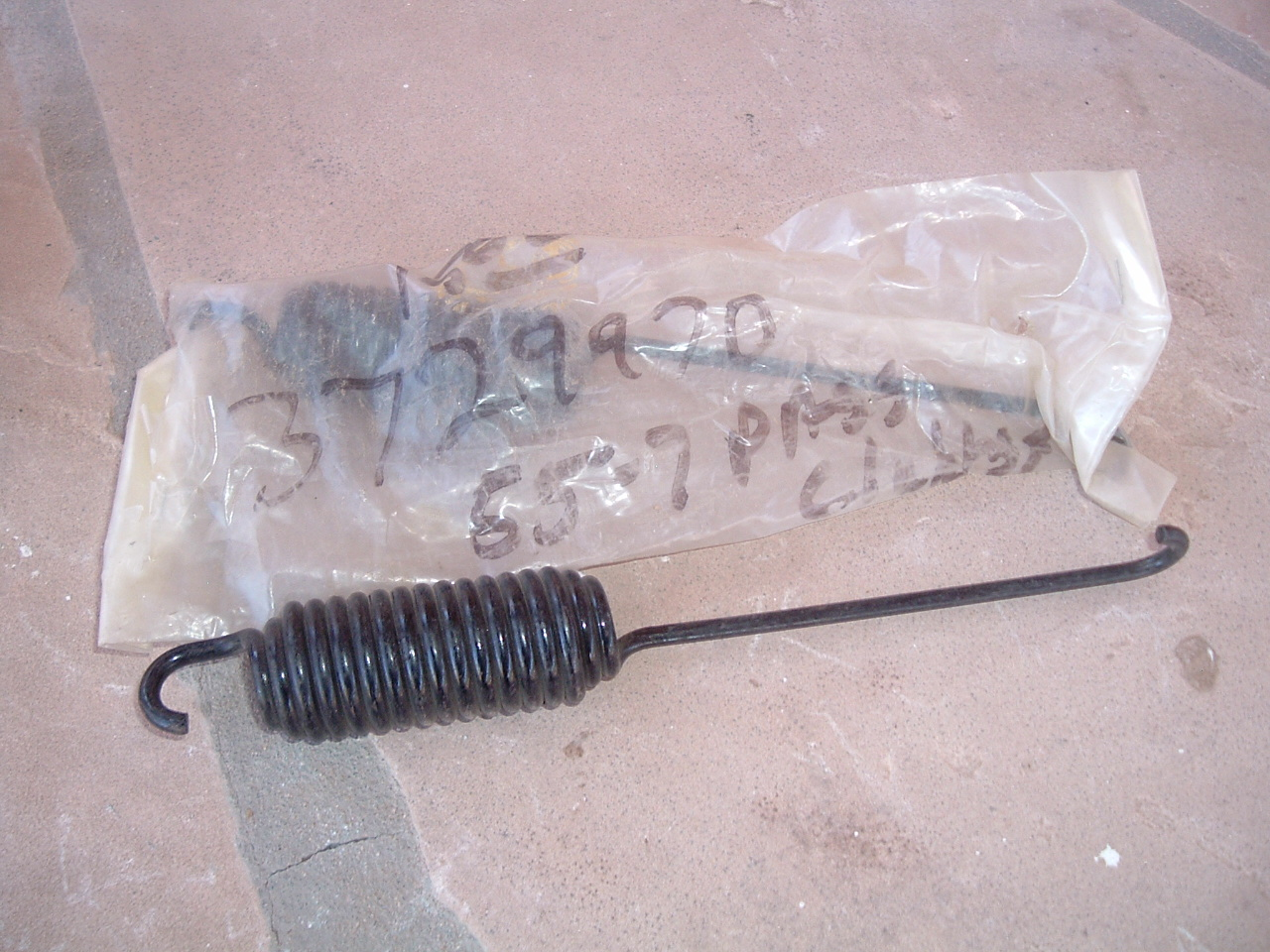 1955 1956 1957 corvette & chevrolet clutch spring nos gm # 3729970 (z 3729970)