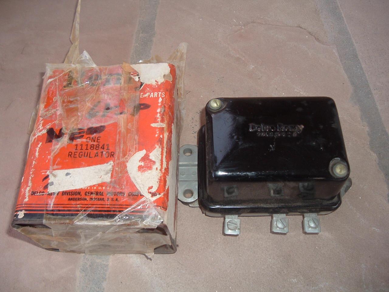 1953 53 54 55 nash rambler delco voltage regulator # 1118841 (z 1118841)