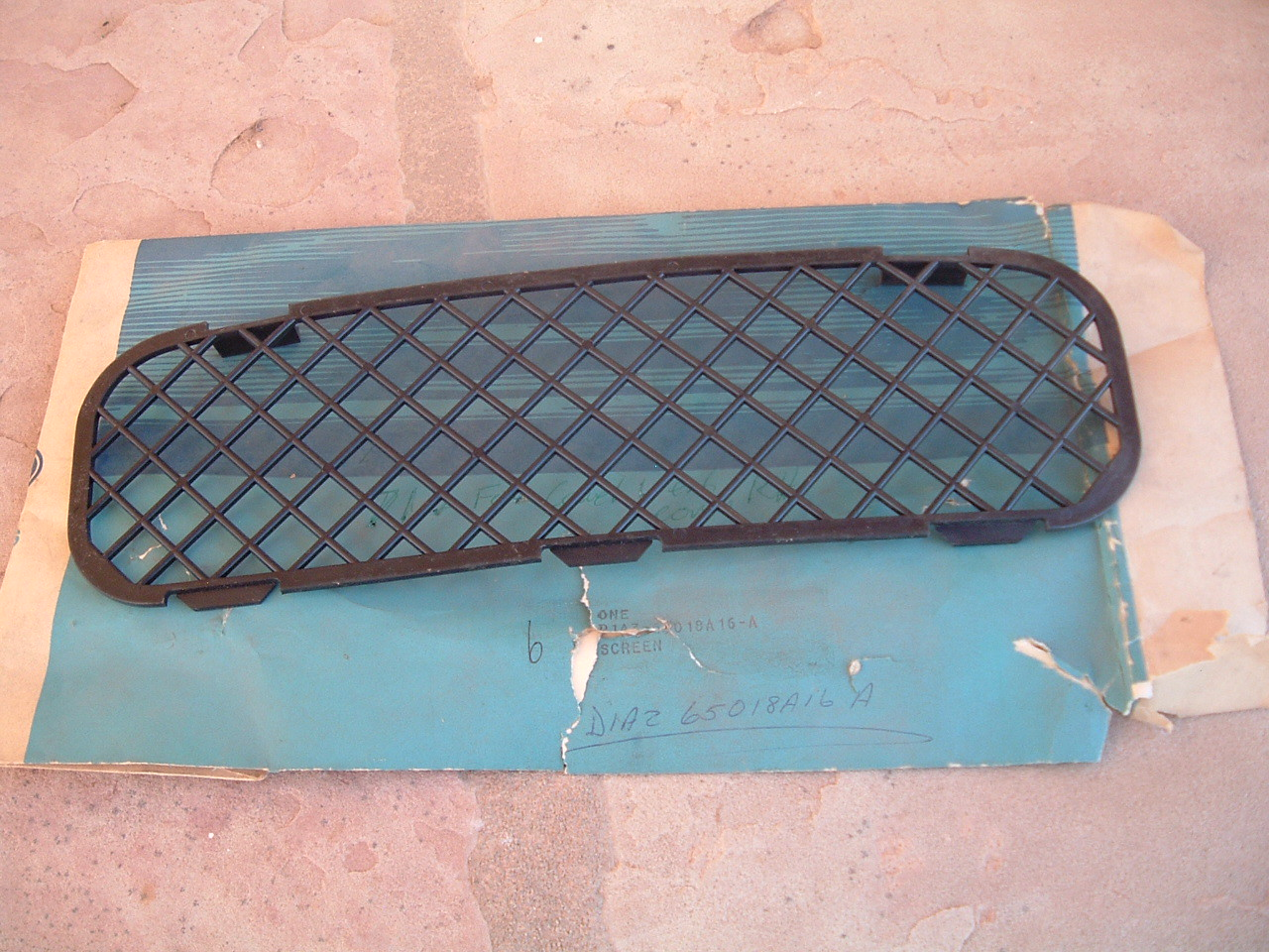 1971 1972 ford galaxie cowl vent cover nos ford # D1AZ-65018A16-A